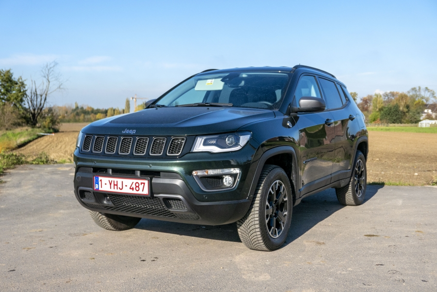 "Jeep Compass PHEV ""Trailhawk"": SUV in het DNA"